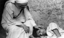 Кто такая мать Тереза: 30 уроков добра