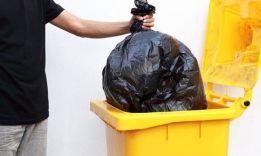 ТОП-5 примет, почему нельзя выносить мусор вечером