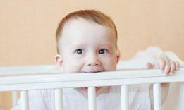 Развитие ребенка в 8 месяцев: основные советы