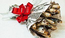Что подарить если нет денег: 14 подарков