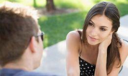 Как понять, что ты нравишься девушке?