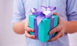 46 вариантов, что подарить на 55 лет женщине