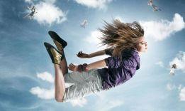 3 научных теории, почему человек падает во сне