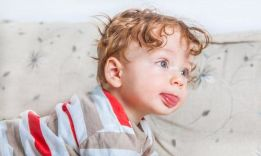 Развитие ребенка в 11 месяцев: полезная информация для родителей