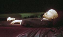 2 предположения, почему не похоронят Ленина