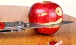 11 основных причин, почему нельзя есть с ножа
