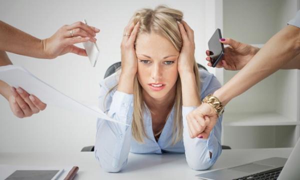 kak-lechit-stress
