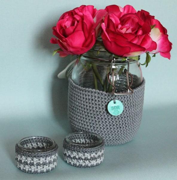 odezhda-dlja-cvetochnoj-vazy