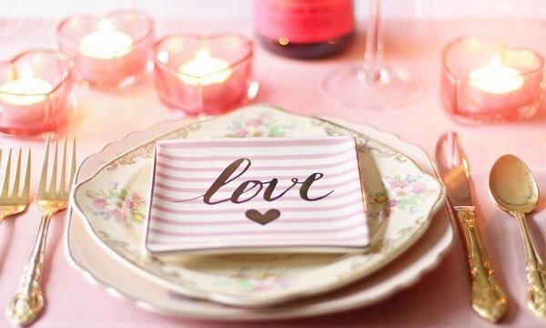 Romanticheskij-uzhin-dlja-ljubimogo
