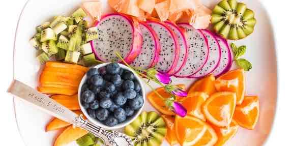 ем много фруктов