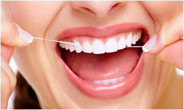 ispolzovanie-flossa-dlja-zubov