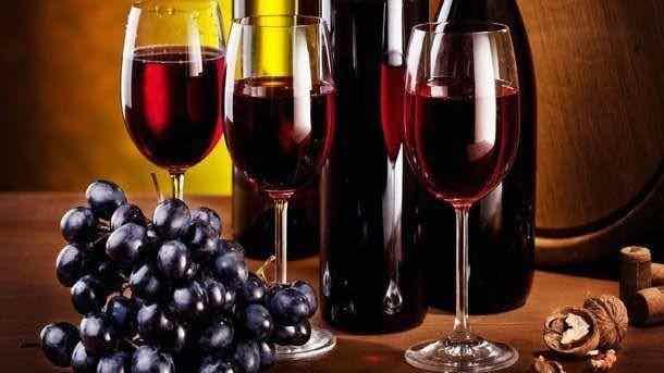vino-chistit-mozg