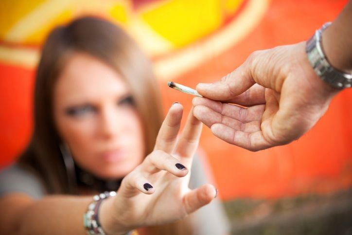 narkotiki-reshajut-problemy