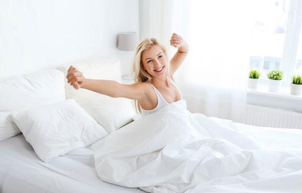 utro-v-posteli